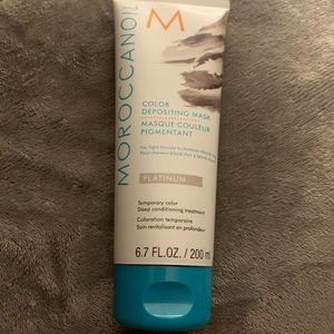 Moroccanoil color depositing mask platinum-Sealed